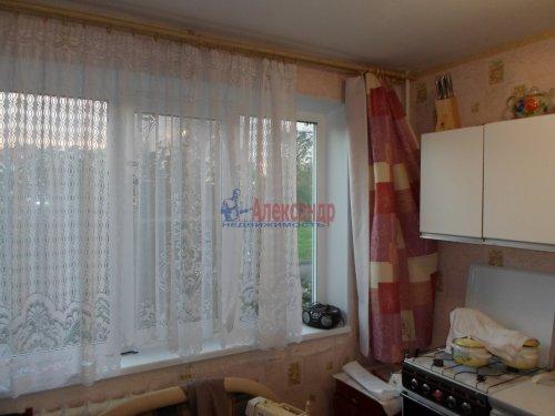 2-комнатная квартира (53м2) на продажу по адресу Коммунар г., Бумажников ул., 3— фото 8 из 9