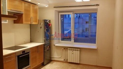 2-комнатная квартира (80м2) на продажу по адресу Руднева ул., 24— фото 3 из 6