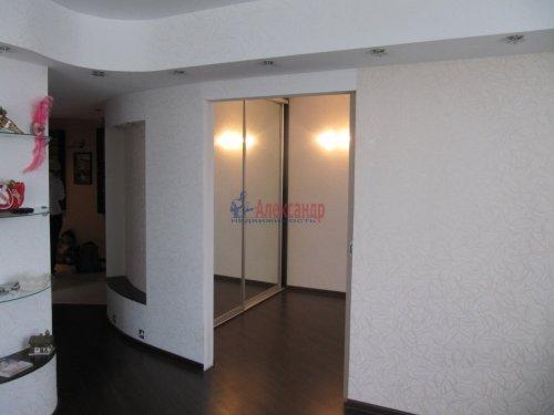 2-комнатная квартира (60м2) на продажу по адресу Вяртсиля пгт., Мира ул., 4— фото 2 из 26
