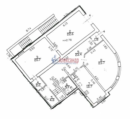 4-комнатная квартира (179м2) на продажу по адресу Пушкин г., Ленинградская ул., 46— фото 1 из 6
