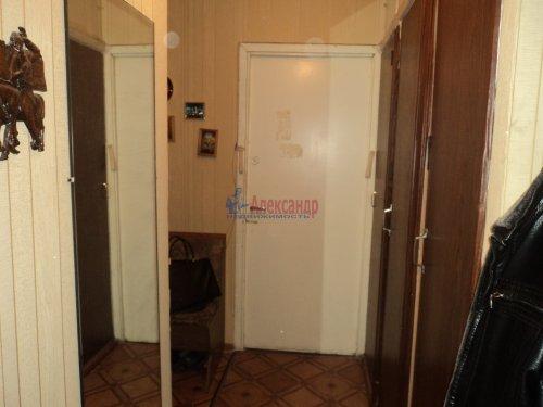 2-комнатная квартира (50м2) на продажу по адресу Зеленогорск г., Привокзальная ул., 7— фото 5 из 11