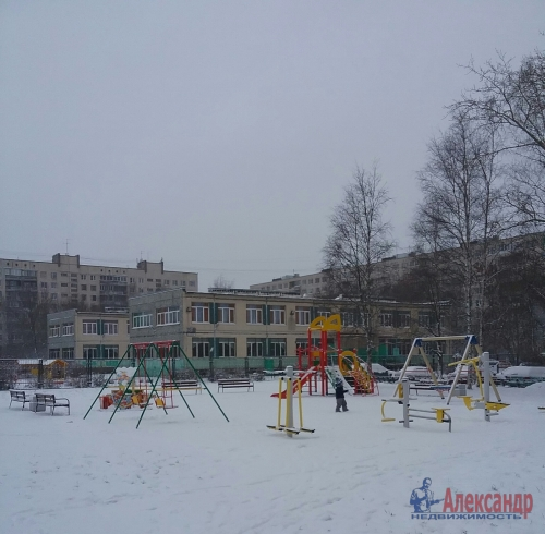 2-комнатная квартира (45м2) на продажу по адресу Ярослава Гашека ул., 10— фото 15 из 15