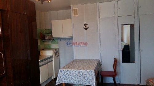 Комната в 12-комнатной квартире (200м2) на продажу по адресу Маршала Говорова ул., 8— фото 4 из 8
