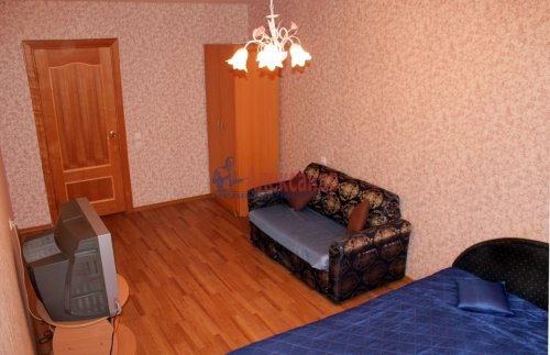 2-комнатная квартира (62м2) на продажу по адресу Космонавтов пр., 65— фото 4 из 12