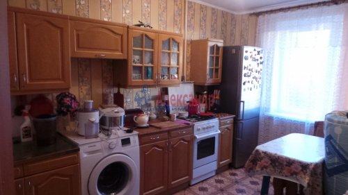 1-комнатная квартира (40м2) на продажу по адресу Рябово пгт., 5а— фото 3 из 4