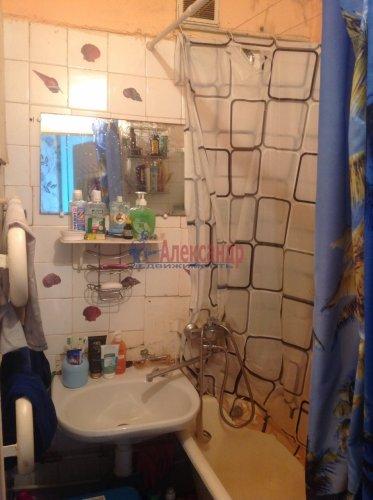 2-комнатная квартира (51м2) на продажу по адресу Большевиков пр., 69— фото 7 из 9