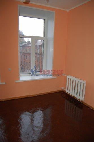 Комната в 4-комнатной квартире (92м2) на продажу по адресу Гаванская ул., 2— фото 3 из 16