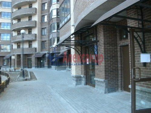 1-комнатная квартира (47м2) на продажу по адресу Бутлерова ул., 11— фото 2 из 9