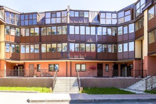 3-комнатная квартира (105м2) на продажу по адресу Озерковский пр., 47— фото 1 из 9