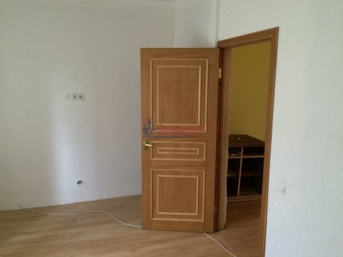 5-комнатная квартира (84м2) на продажу по адресу Ульяновка пгт., Левая Линия ул., 49— фото 8 из 13