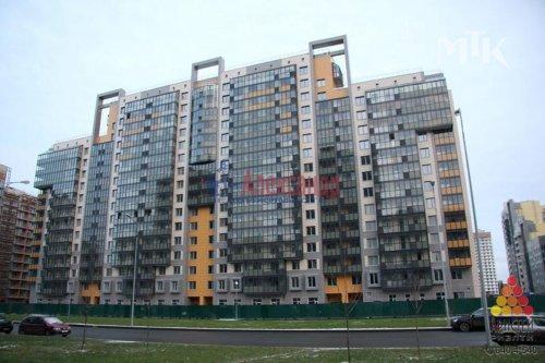 1-комнатная квартира (41м2) на продажу по адресу Адмирала Трибуца ул., 10— фото 1 из 11