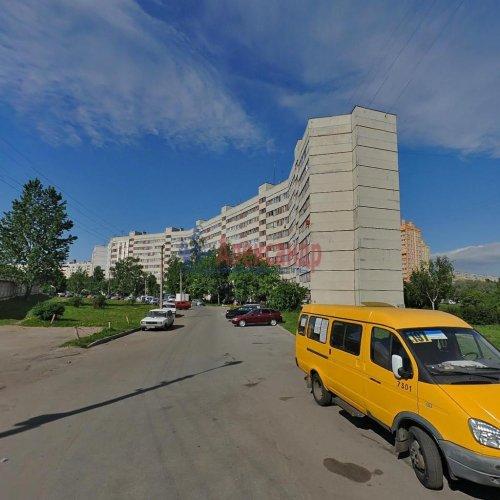3-комнатная квартира (68м2) на продажу по адресу Пионерстроя ул., 19— фото 1 из 11