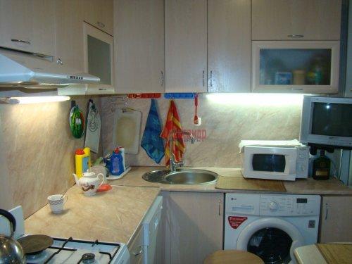 2-комнатная квартира (45м2) на продажу по адресу Суздальский просп., 107— фото 8 из 15