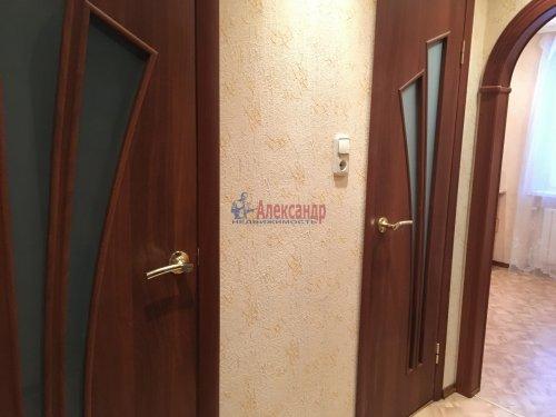 1-комнатная квартира (33м2) на продажу по адресу Будогощь пос.— фото 8 из 13
