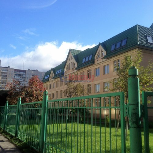2-комнатная квартира (63м2) на продажу по адресу Новоколомяжский пр., 4— фото 10 из 22