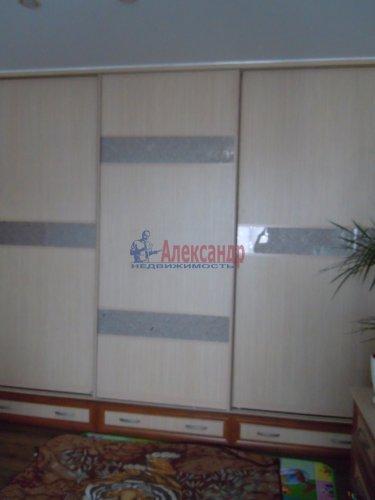 2-комнатная квартира (65м2) на продажу по адресу Комендантский пр., 51— фото 10 из 15