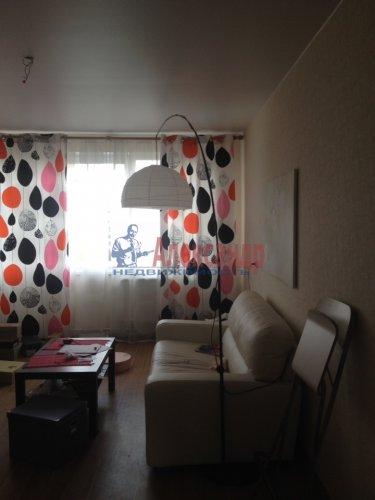 3-комнатная квартира (63м2) на продажу по адресу Луначарского пр., 58— фото 1 из 14