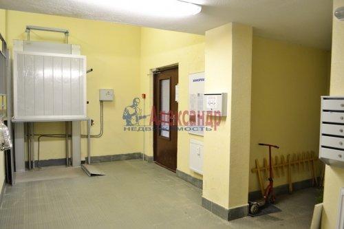 2-комнатная квартира (58м2) на продажу по адресу Юнтоловский пр., 47— фото 14 из 15