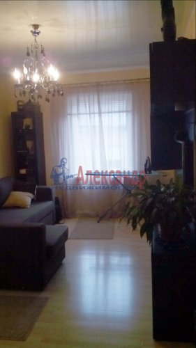 3-комнатная квартира (68м2) на продажу по адресу Выборг г., Петровская пл.— фото 4 из 5