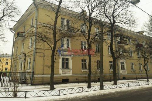 Комната в 3-комнатной квартире (79м2) на продажу по адресу Народного Ополчения пр., 211— фото 1 из 9