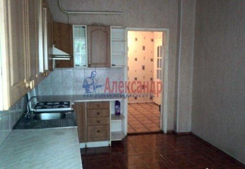 3-комнатная квартира (72м2) на продажу по адресу Выборг г.— фото 2 из 5