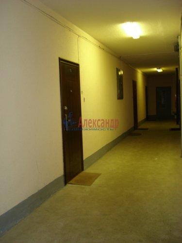 1-комнатная квартира (40м2) на продажу по адресу Вавиловых ул., 9— фото 10 из 20