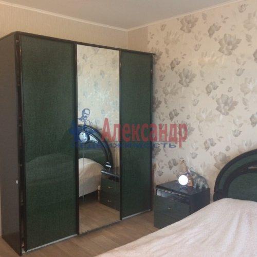 1-комнатная квартира (51м2) на продажу по адресу Бугры пос., Полевая ул., 16— фото 8 из 14