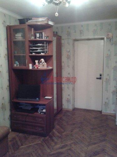 Комната в 12-комнатной квартире (142м2) на продажу по адресу Суздальский просп., 61— фото 3 из 7