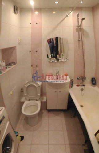 1-комнатная квартира (32м2) на продажу по адресу Мурино пос., Оборонная ул., 2— фото 15 из 19