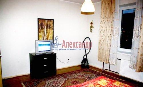 1-комнатная квартира (48м2) на продажу по адресу Светлановский пр., 103— фото 2 из 6