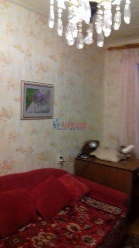 3-комнатная квартира (41м2) на продажу по адресу Ветеранов пр., 10— фото 5 из 15