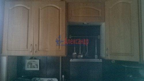 3-комнатная квартира (61м2) на продажу по адресу Коммунар г., Гатчинская ул., 16а— фото 2 из 3