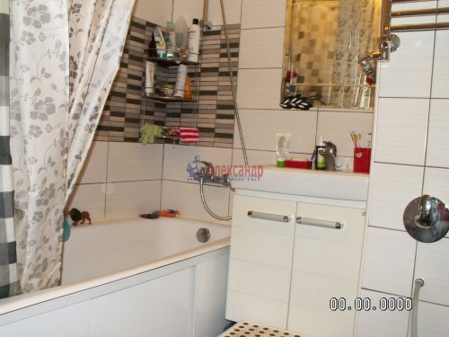 3-комнатная квартира (58м2) на продажу по адресу Луначарского пр., 33— фото 7 из 9