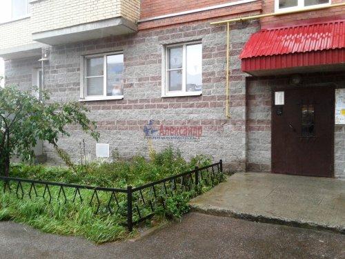 1-комнатная квартира (33м2) на продажу по адресу Шлиссельбург г., Луговая ул., 4— фото 1 из 13