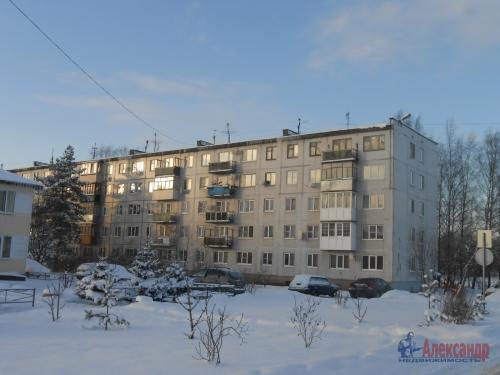 2-комнатная квартира (44м2) на продажу по адресу Молодцово пос., 1— фото 1 из 13