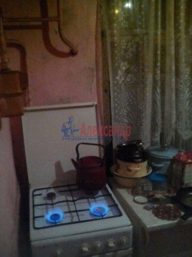 Комната в 3-комнатной квартире (52м2) на продажу по адресу Назия ст. пос.— фото 4 из 6