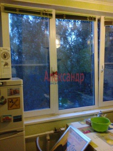 1-комнатная квартира (32м2) на продажу по адресу Большевиков пр., 5— фото 2 из 3