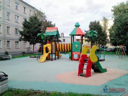Комната в 23-комнатной квартире (497м2) на продажу по адресу Смоленская ул., 31/20— фото 12 из 14