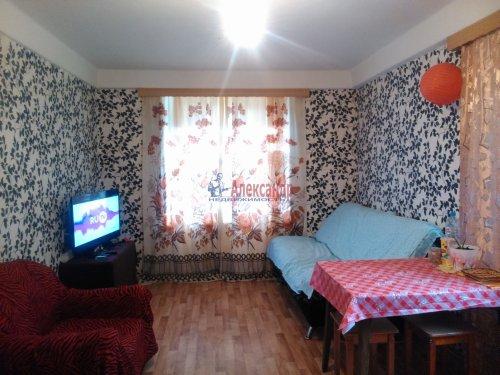 Комната в 4-комнатной квартире (87м2) на продажу по адресу Белградская ул., 20— фото 1 из 6
