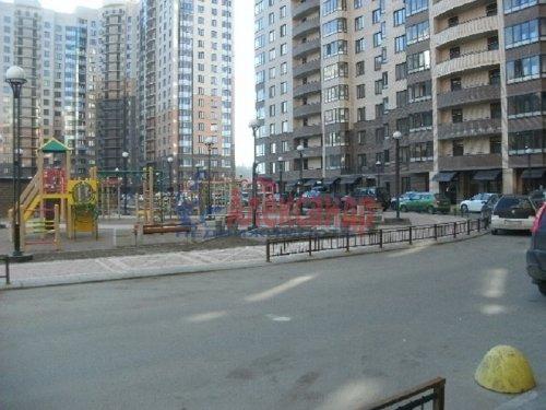 1-комнатная квартира (47м2) на продажу по адресу Бутлерова ул., 11— фото 3 из 9