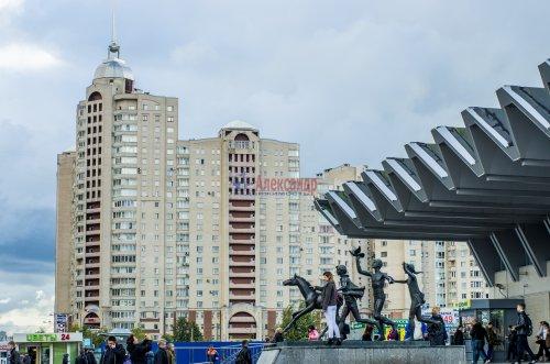 3-комнатная квартира (145м2) на продажу по адресу Коломяжский пр., 20— фото 19 из 33