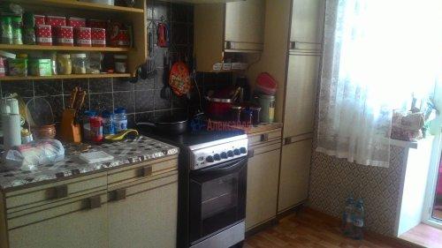 3-комнатная квартира (66м2) на продажу по адресу Кириши г., Ленинградская ул., 5— фото 4 из 18