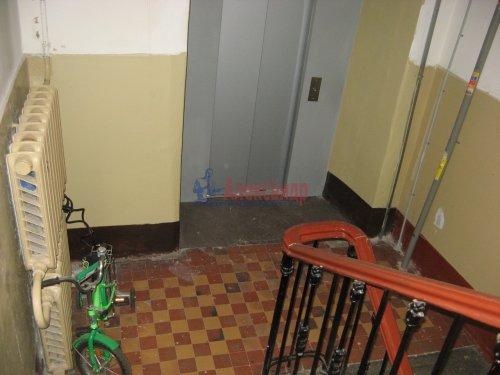 Комната в 3-комнатной квартире (65м2) на продажу по адресу Большой Сампсониевский пр., 74— фото 3 из 10