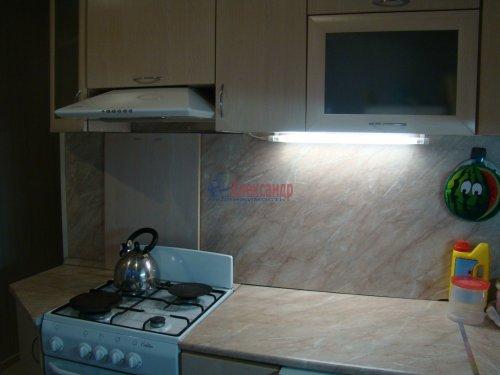 2-комнатная квартира (45м2) на продажу по адресу Суздальский просп., 107— фото 11 из 15