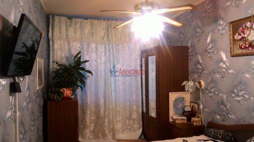 3-комнатная квартира (67м2) на продажу по адресу Кириши г., Нефтехимиков ул., 26— фото 2 из 6