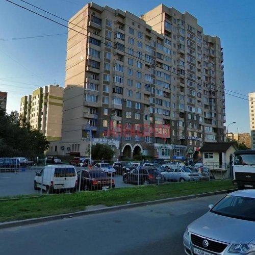 2-комнатная квартира (64м2) на продажу по адресу Энгельса пр., 132— фото 2 из 16