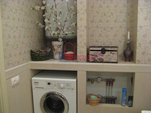 3-комнатная квартира (138м2) на продажу по адресу Пискаревский пр., 37— фото 10 из 24