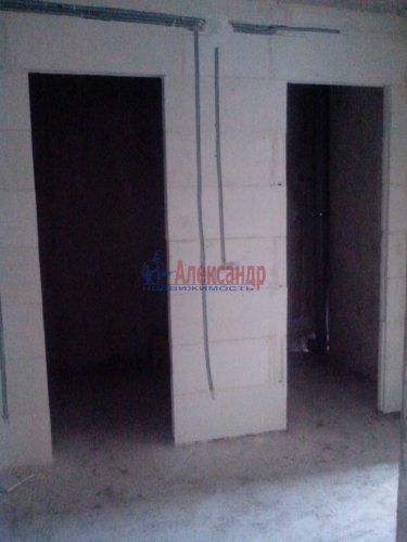 2-комнатная квартира (58м2) на продажу по адресу Кировск г., Партизанской Славы бул., 3— фото 5 из 9