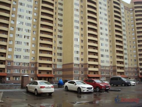 3-комнатная квартира (100м2) на продажу по адресу Ново-Александровская ул., 14— фото 3 из 31