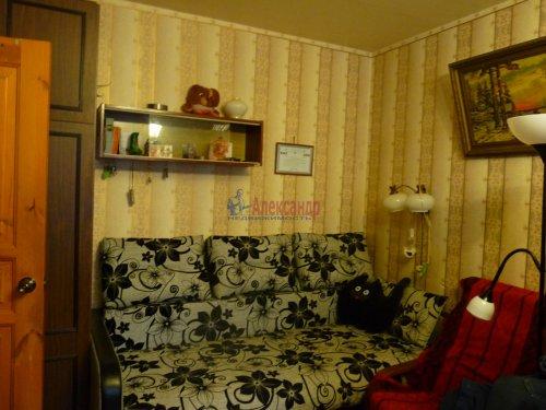 3-комнатная квартира (68м2) на продажу по адресу Обуховской Обороны пр., 144— фото 4 из 13